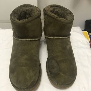 Ugg ankle boot!